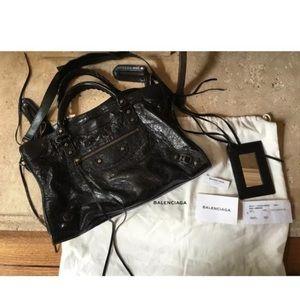 Balenciaga Classic City shoulder bag in black